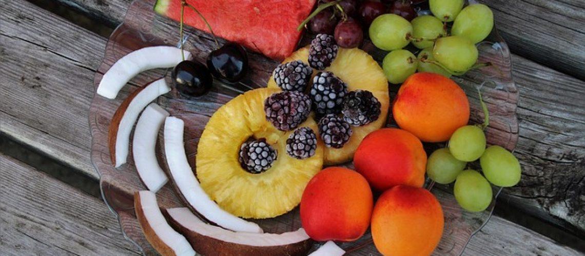 מגשי פירות טריים